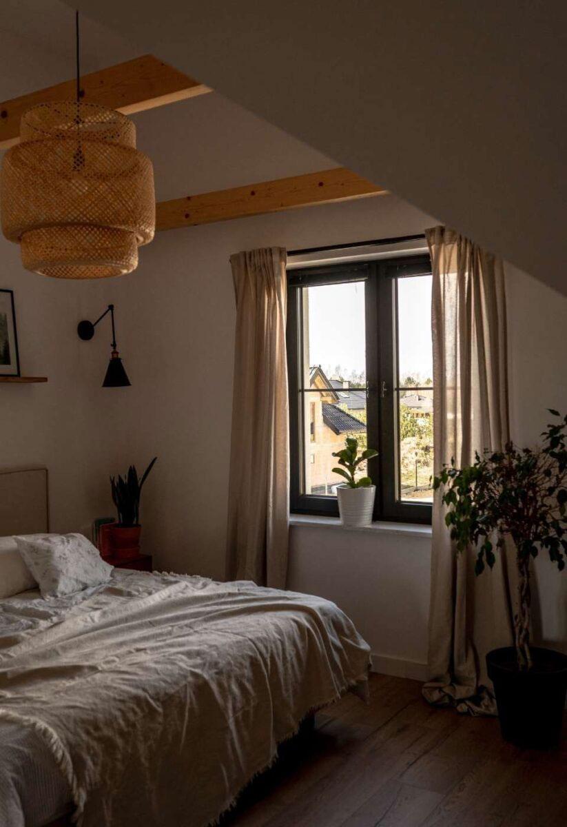Sypialnia w stylu boho.