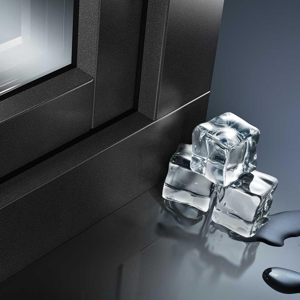 Okna ALU LOOK to ekskluzywna stolarka PVC, która przypomina swoim wyglądem produkty aluminiowe.